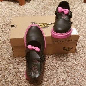 Dr. Martens LIMITED EDITION, Sanrio Hello Kitty